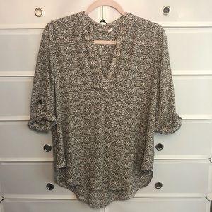 Lush • Black/Ivory Tunic Tabbed Sleeves Sz M